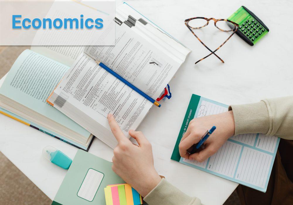 TP. HCM có trung tâm dạy Kinh tế bằng tiếng Anh không?
